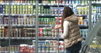 Izmenom zakona o trgovini je ukinuta obaveza trgovaca da navode ko je proizvođač prehrambenih proizvoda. Kako to utiče na potrošače?