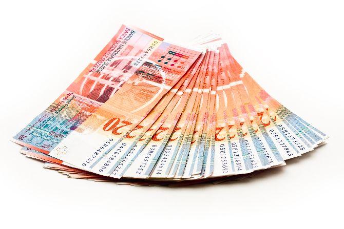 Da li postoji rešenje za probleme u kojima se našao značajan broj korisnika stambenih kredita u švajcarskim francima?