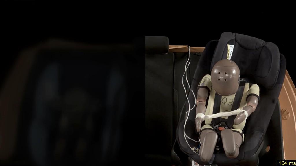 Simulacija sudara u ADAC-ovom testu dečijih sedišta se vrši pri brzini od 50 km/h