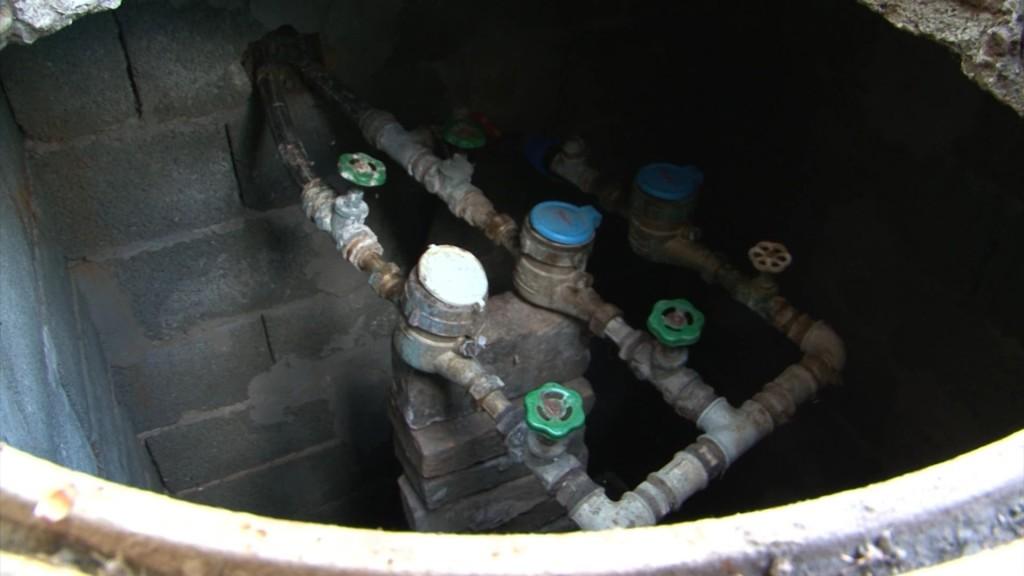 Visoka potrosnja vode Dedinje.wmv_000275612