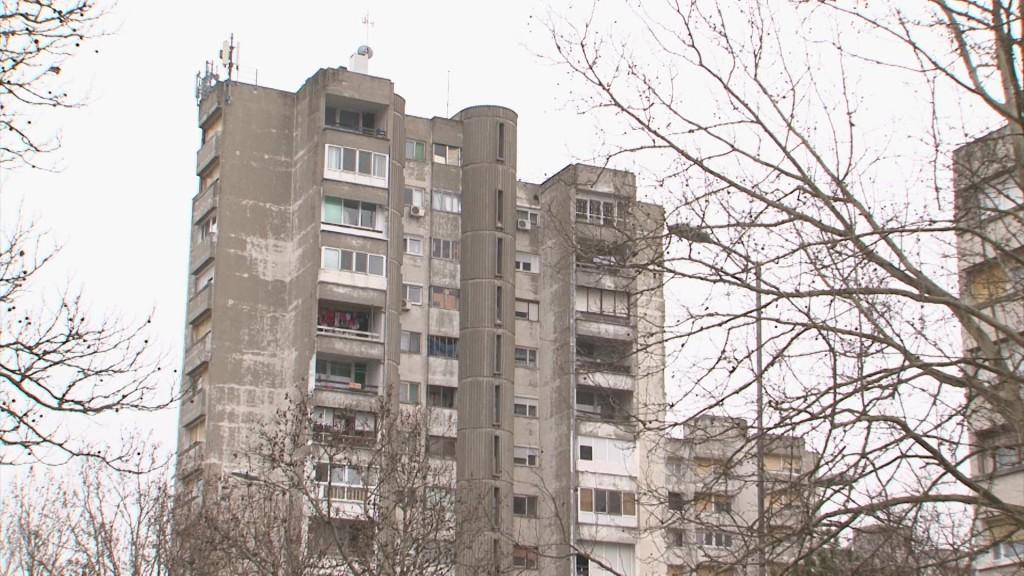 Malo starih zgrada u Srbiji ima ugrađene energetski efikasnu stolariju, a kamoli ugrađenu izolaciju u fasadi
