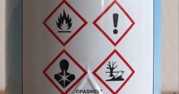 Piktogrami znaci upozorenja na farbi